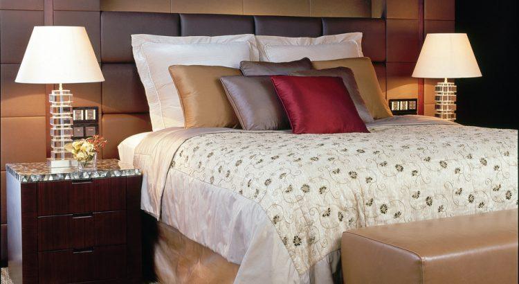 5074905378_ffc294d5db_b_headboard-cushions